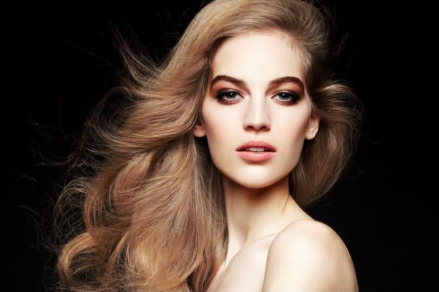 Vanessa – a világhírű győri topmodell – ACM Wallet Gentleman Club 6b5d4cb8e7