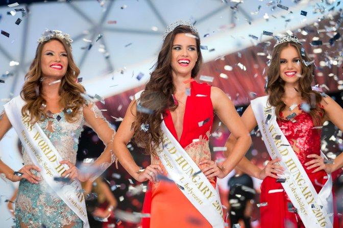 Budapest, 2016. július 17. A gyõztes Gelencsér Tímea (k), a második helyezett Oczella Eszter (b) és a harmadik helyen végzett Dukai Babett a Magyarország Szépe verseny televíziós döntõjében a Médiaszolgáltatás-támogató és Vagyonkezelõ Alap (MTVA) óbudai gyártóbázisának 1-es stúdiójában 2016. július 17-én. A decemberi Miss World versenyen Gelencsér Tímea képviselheti Magyarországot Washingtonban. MTI Fotó: Mohai Balázs