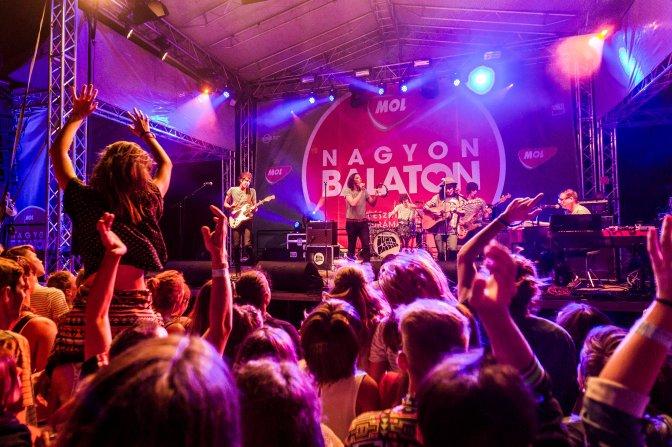 Kapolcs, 2016. július 23. Az Ivan and the Parazol együttes koncertje a 26. Mûvészetek Völgye 2016 kulturális fesztiválon 2016. július 22-én. MTI Fotó: Szigetváry Zsolt