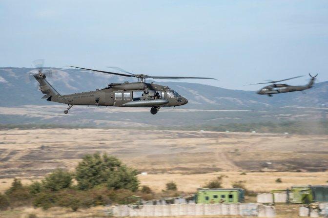 Veszprém, 2016. szeptember 29. Katonai helikopterek a Black Swan 2016 elnevezésû hadgyakorlaton Veszprém közelében, a gyulafirátóti lõtéren 2016. szeptember 29-én. MTI Fotó: Bodnár Boglárka
