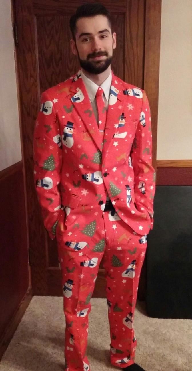 A legmegfelelőbb irodai viselet Karácsonykor