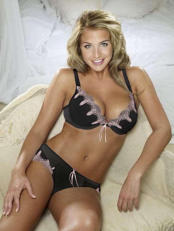 Gemma Atkinson, 31 éves divatmodel, színésznő, szerepelt például az Emmerdale című tv-sorozatban