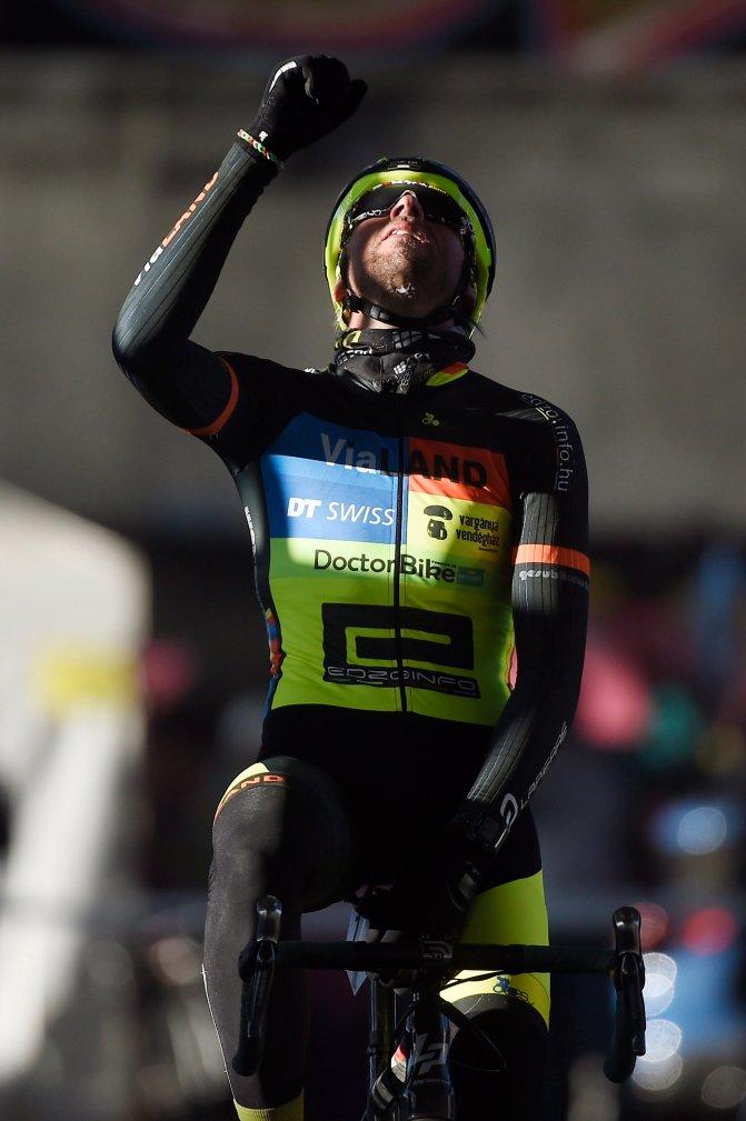 Budapest, 2017. január 8. Búr Zsolt, a férfi elit futam gyõztese a cyclocross magyar bajnokságon az egykori Nagyvásártelep területén 2017. január 8-án. MTI Fotó: Kovács Tamás