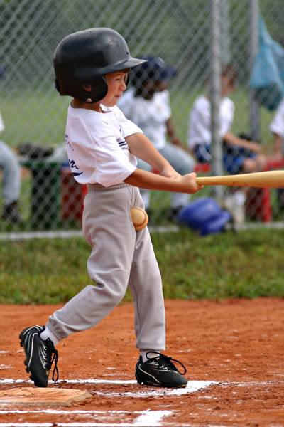 Baseball-ozás közben pedig vigyázzunk a... tudjuk mire!