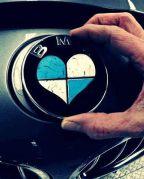 Géntérkép alapján testreszabott egyedi autókat kínál a BMW (a dátumról elfeledkező briteknek)